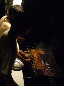 fine-dining-liveaboard-indonesia-outdoor-BBQ